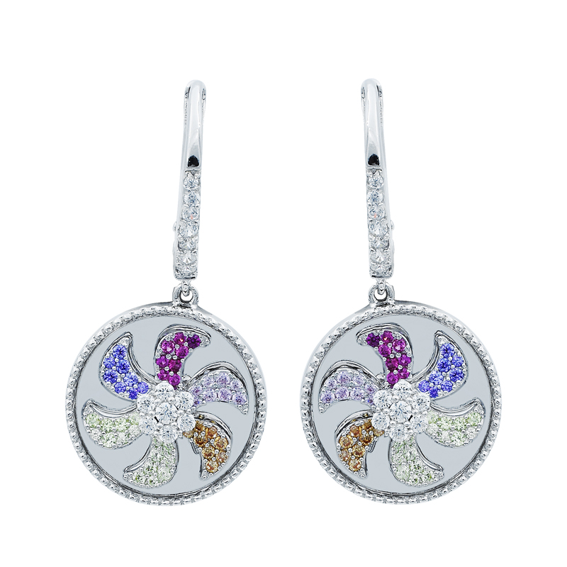 ladies spinning earrings