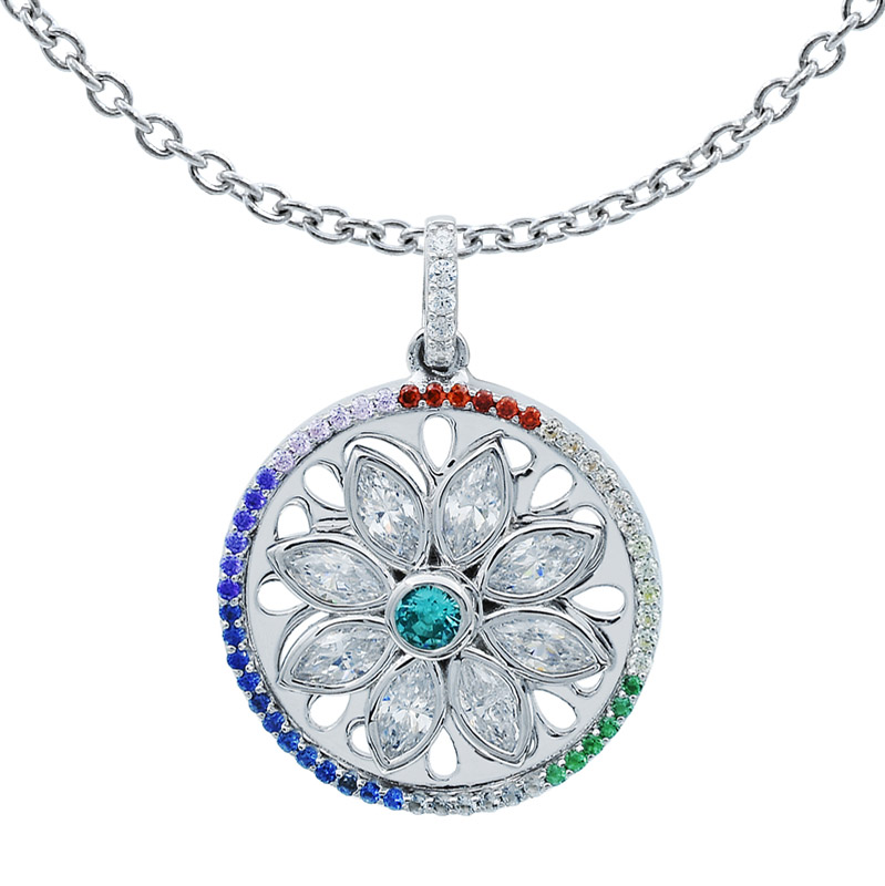 winsome spinning pendant for ladies