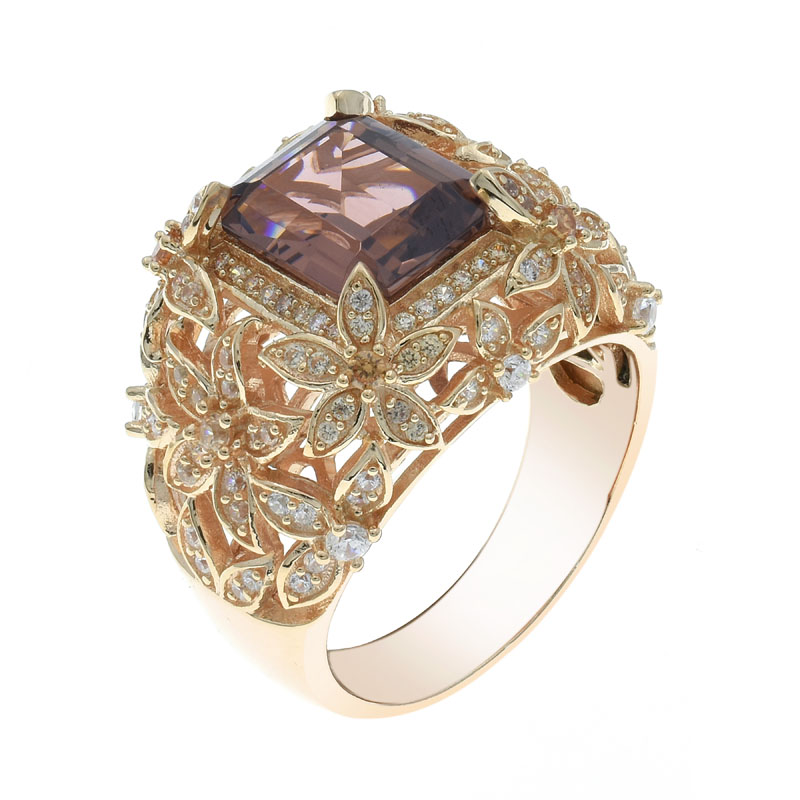 emerald cut morganite nano ring for ladies