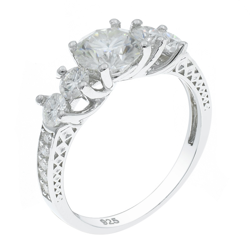 Women Graceful Five Stone Ring