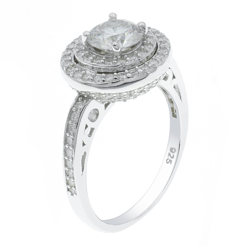 Women Gleaming Fashion Ring