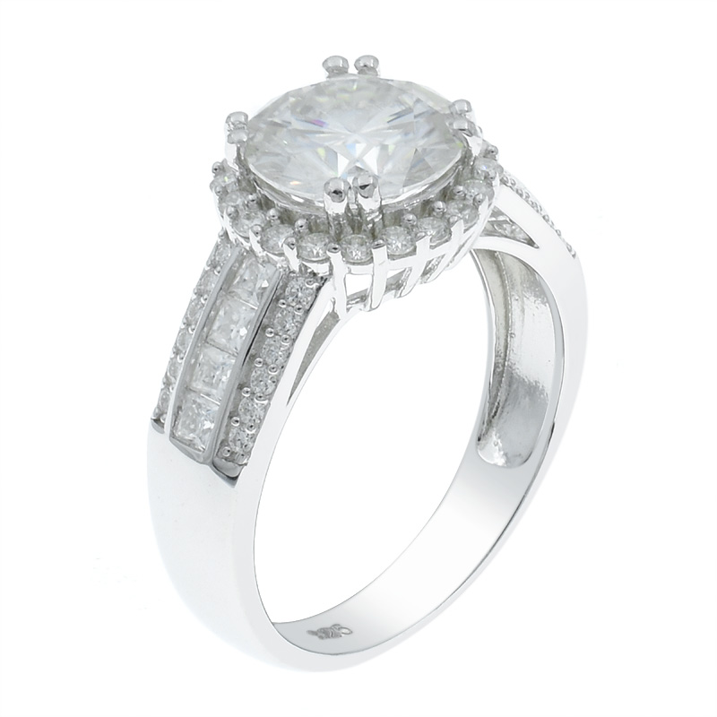 Women Sweet Fashion Ring With Channel Setting Band