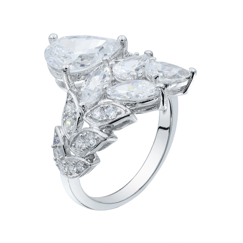 Subtle Elegance Leaf Shape 925 Ring